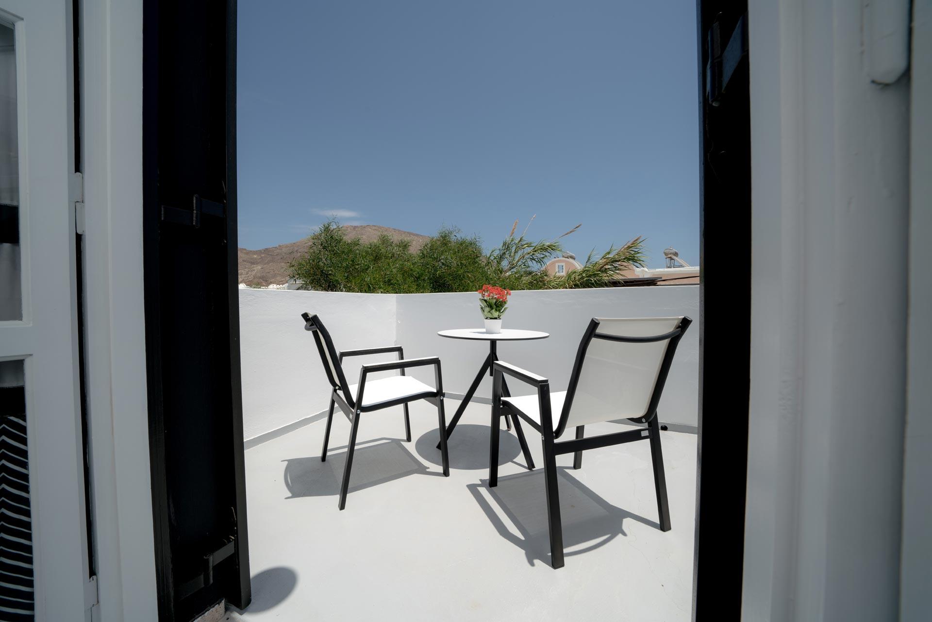 divelia-hotel-family-comfort-balcony