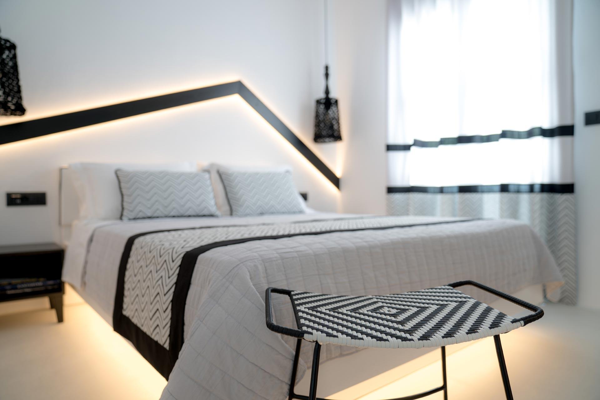 divelia-hotel-bedroom
