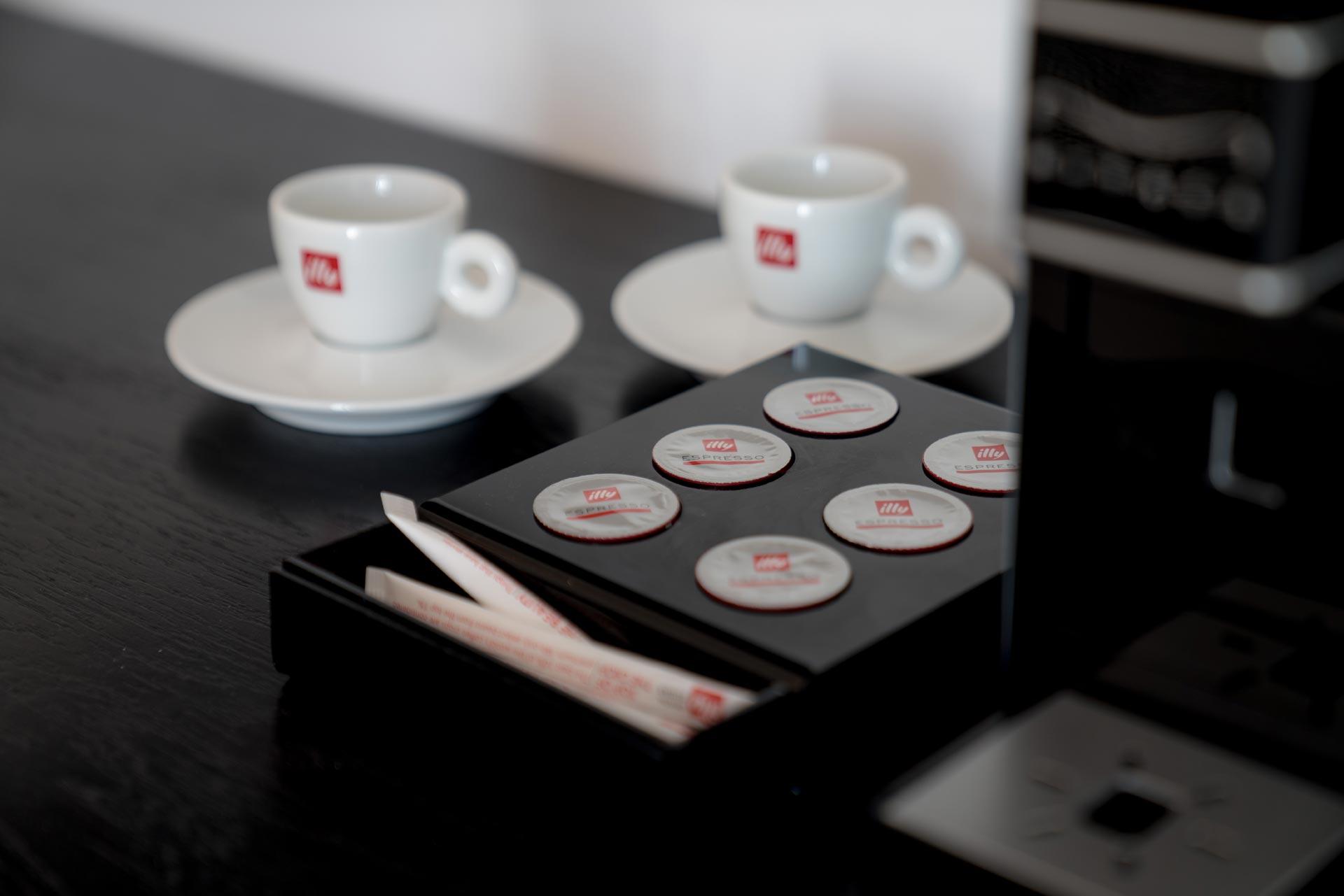 divelia-hotel-coffee