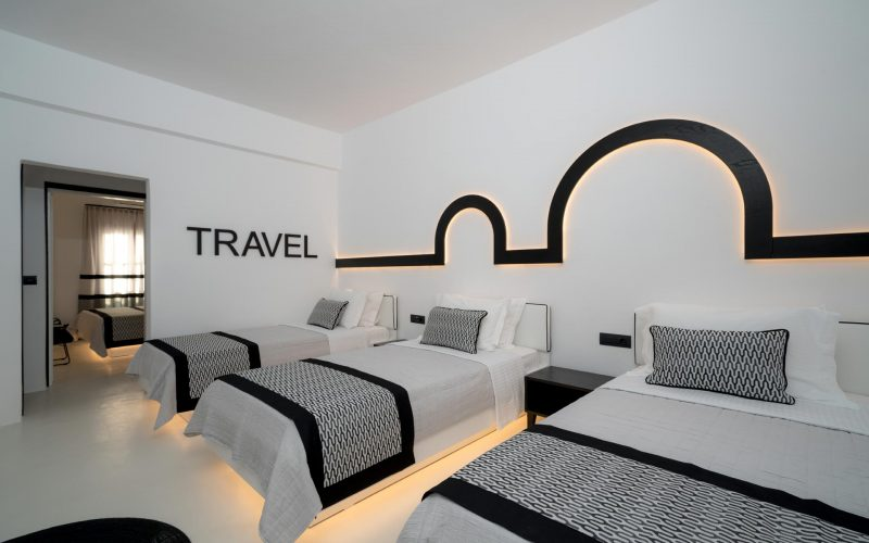 divelia-hotel-family-travel-room
